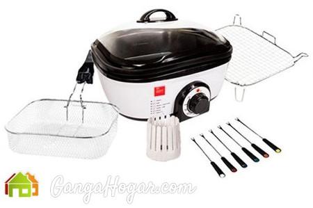Cocina con Quick Cooker y sus accesorios
